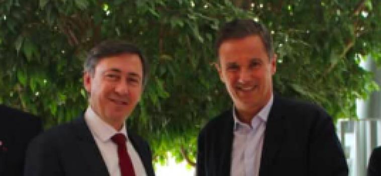 [ Communiqué de Presse de Nicolas Dupont-Aignan et Bernard Monot ] Discours de M. Juncker sur « l'Etat de l'Union »: une énième pantomime européiste !