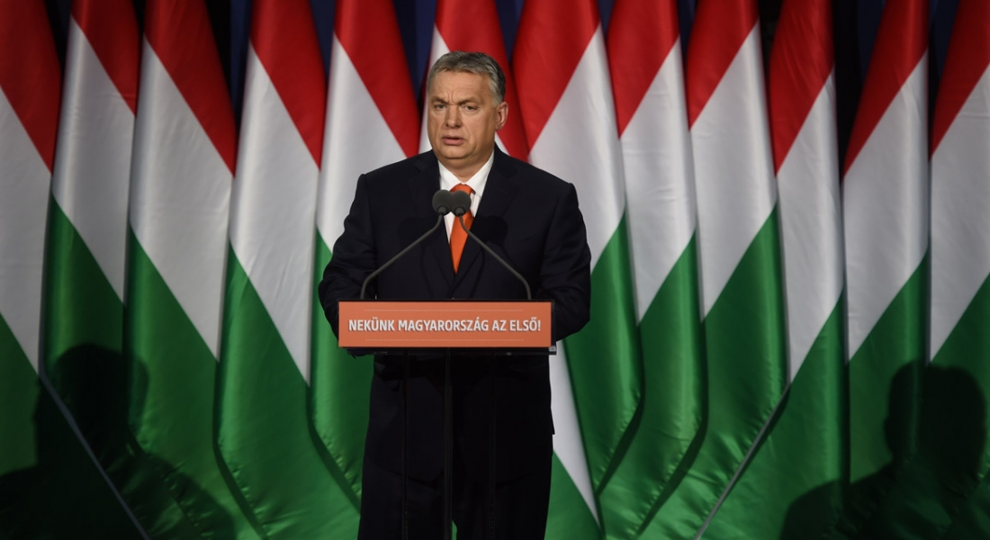 Viktor Orbàn remercie Bernard Monot de son soutien.