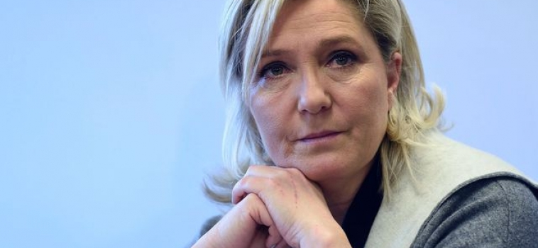 [ Presse ] Le Pen Aides Met UBS, BlackRock, Barclays to Explain Euro Exit
